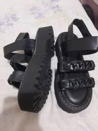 Sandalia papete tratorada