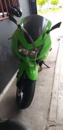 Kawasaki ninja 250 motor fundiu está aberto
