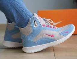 Vendo Tênis Nike Botinha Fitness e adidas ultra boots ( 130 com entrega)