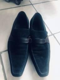 Sapato moucassim em couro legítimo