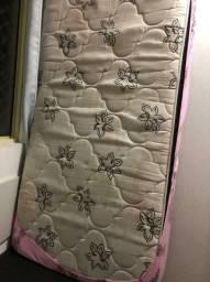 Vende se cama box solteiro colchão + base