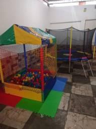Título do anúncio: Aluguel de brinquedos- Reserva Hoje! Cama elástica, piscina de bolinhas, Totó e Ping Pong