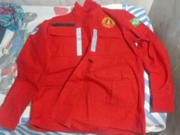 Fardamento de bombeiro civil