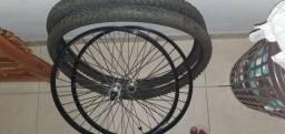 Par de aro 26 com pneus