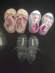 Vendo calçados infantis 50.00 tudo