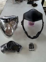 Vendo kit farol, carenagem e painel da CB 300