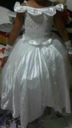 Vestido de dama de honra cada um 100reais