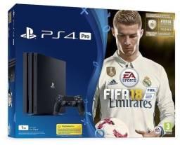 PS4 Pro 7116B 1TB Lacrado com Jogo Fifa e 1 Ano de Garantia