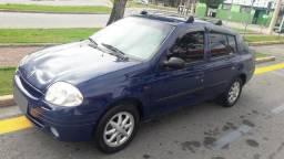 Clio Sedan , com direçao , vidro eletrico ! Bem conservado ! - 2002