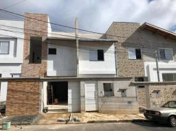 Casa à venda com 2 dormitórios em Jardim das hortênsias, Poços de caldas cod:3279