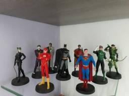 Coleção de miniaturas Marvel e DC Comics