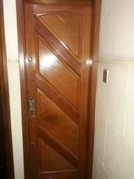 Apartamento para alugar Rua Teixeira Franco,Ramos, Rio de Janeiro - R$ 1.400