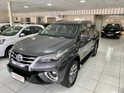 Modelo: Toyota SW4 2.8 TDI SRX 5L 4x4 (Aut) 2018 - 5 LUGARES
