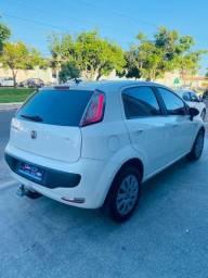 Fiat Punto 1.4 completo Ano 2013 /2013 148 mil km