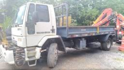 Caminhão Ford Cargo 1517E