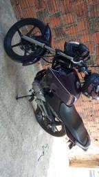 Vendo uma moto factor 125 ano 2011