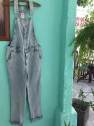 Jardineira jeans longa tamanho 42