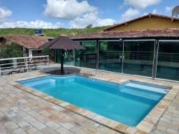 Casa diferenciada com 178 m² fora de condomínio em Gravatá