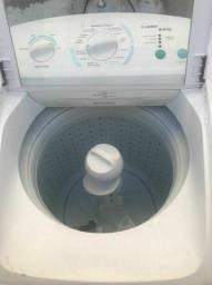 Maquina de lavar Electrolux 9 kg turbo