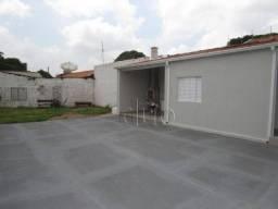 Casa com 3 dormitórios para alugar, 120 m² por R$ 2.000,00/mês - Vila Rezende - Piracicaba