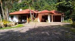 Título do anúncio: Belíssima propriedade: 8.000 m² de terreno, com excelente casa/ Teresópolis/RJ