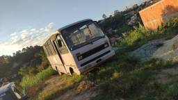 Micro ônibus volkswagen ano 88 com 30 lugares!  Mecânica MWM 229 turbinado