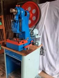 Prensa elétrica mecânica