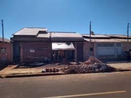 Casa à Venda Bairro Santa Luzia em fase de Acabamento