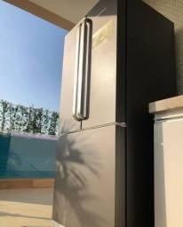 Envelopamento de geladeiras ( adesivação )