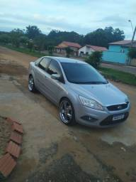 Ford Focus sedan 1.6 completo
