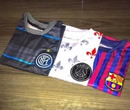Camisa de time brasão bordado