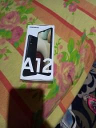 Vendo Samsung A12 novo na caixa