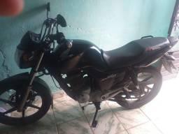 Vendo essa linda moto