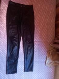 Calça preta cirrê
