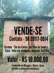 VENDE-SE UMA CASA EM MAZAGÃO
