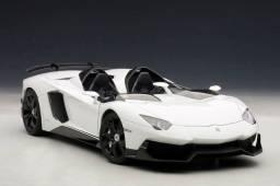 1/18 Autoart Signature Lamborghini Aventador J