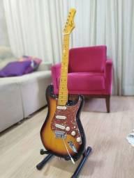Guitarra Tagima + cubo + cordas + semicase + palhetas