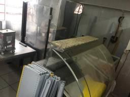 Balcão refrigerado de açougue