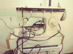 Máquina de costura singer 242