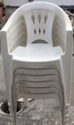 Mesa e 6 cadeiras Tramontina Plastica