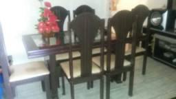 Mesa com seis cadeiras MDF