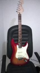 Guitarra Stratocaster Squier Standard Cherry Burst