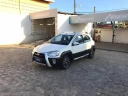 Toyota Etios Cross 1.5 16V flex completo - (alagoanaveiculos) - 2014