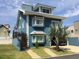 Casa em condomínio com 300 m²