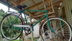 Bicicleta antiga 1945