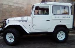 Toyota Bandeirante jeep 4x4 jipe Diesel - 1983