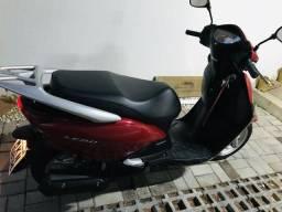 Vendo moto honda lead - 2013