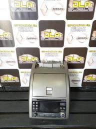Rádio original do Nissan Sentra com moldura