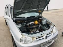 Vende-se corsa 2003-2004 motor excelente, câmbio bom!!! - 2004