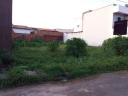 Terreno em Condominio Fechado Amaral de Matos , ao lado do Patio Norte